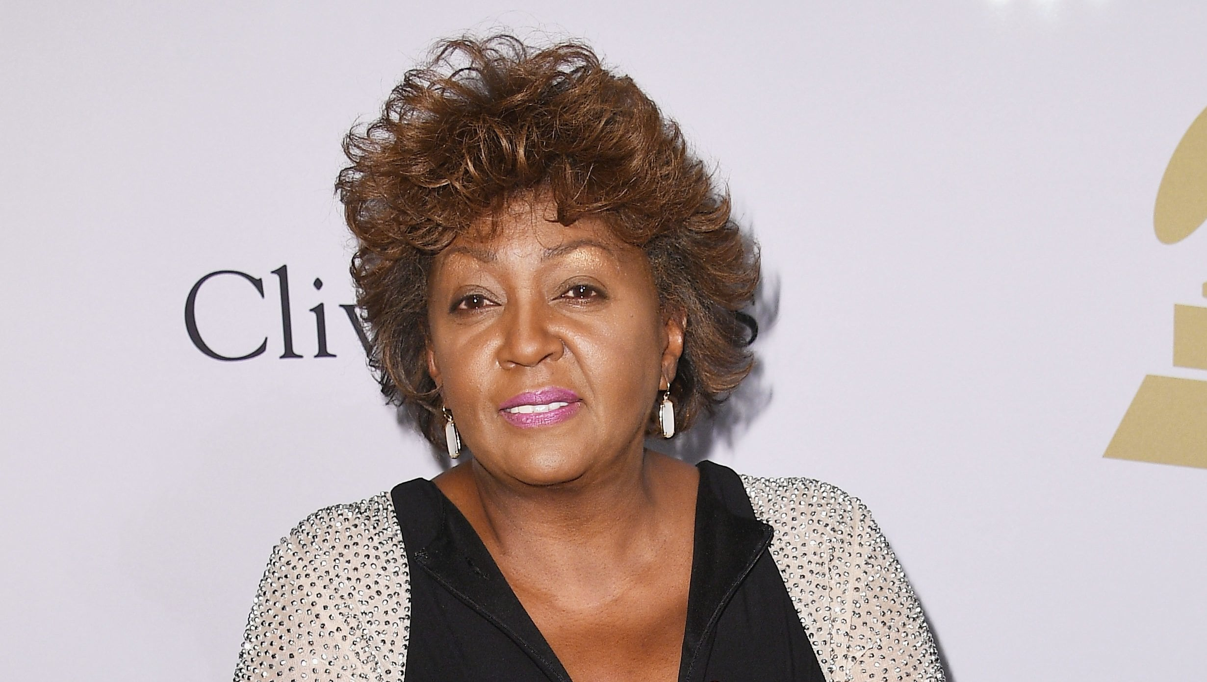 Anita Baker Latest News Images And Photos Crypticimages