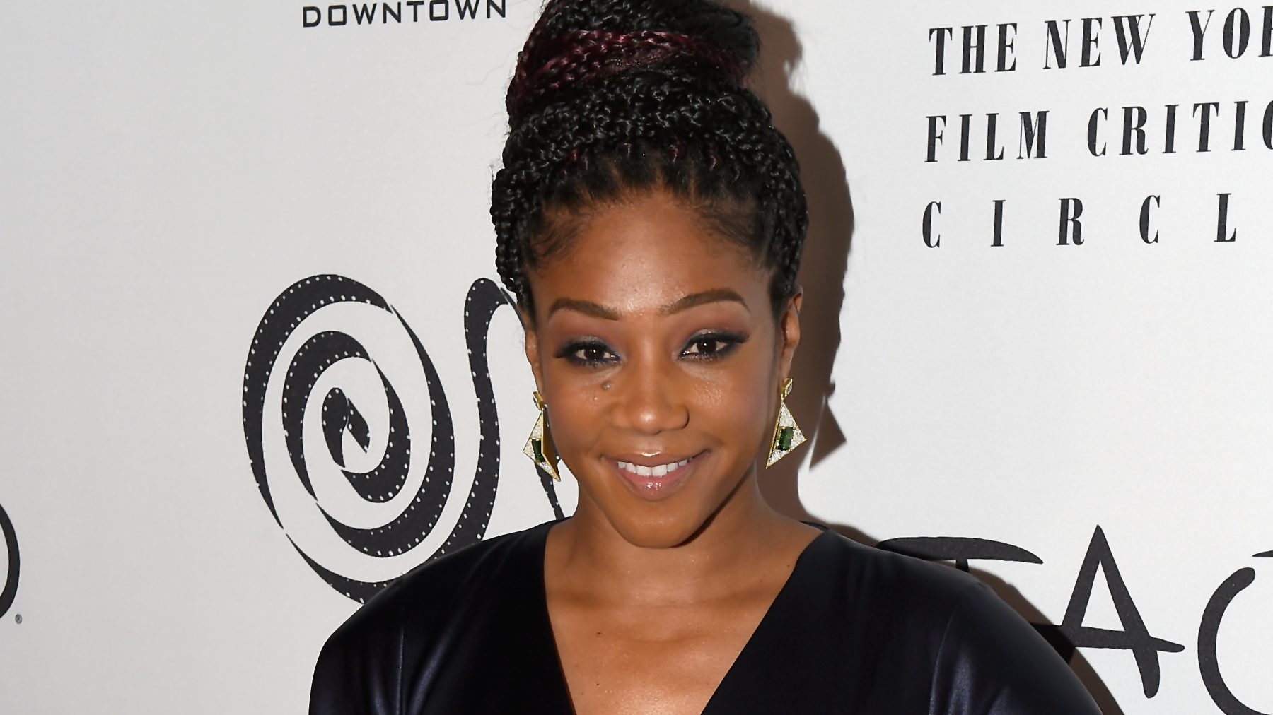 Tiffany Haddish Calls Out TMZ Reporter for Failing to Help with Luggage