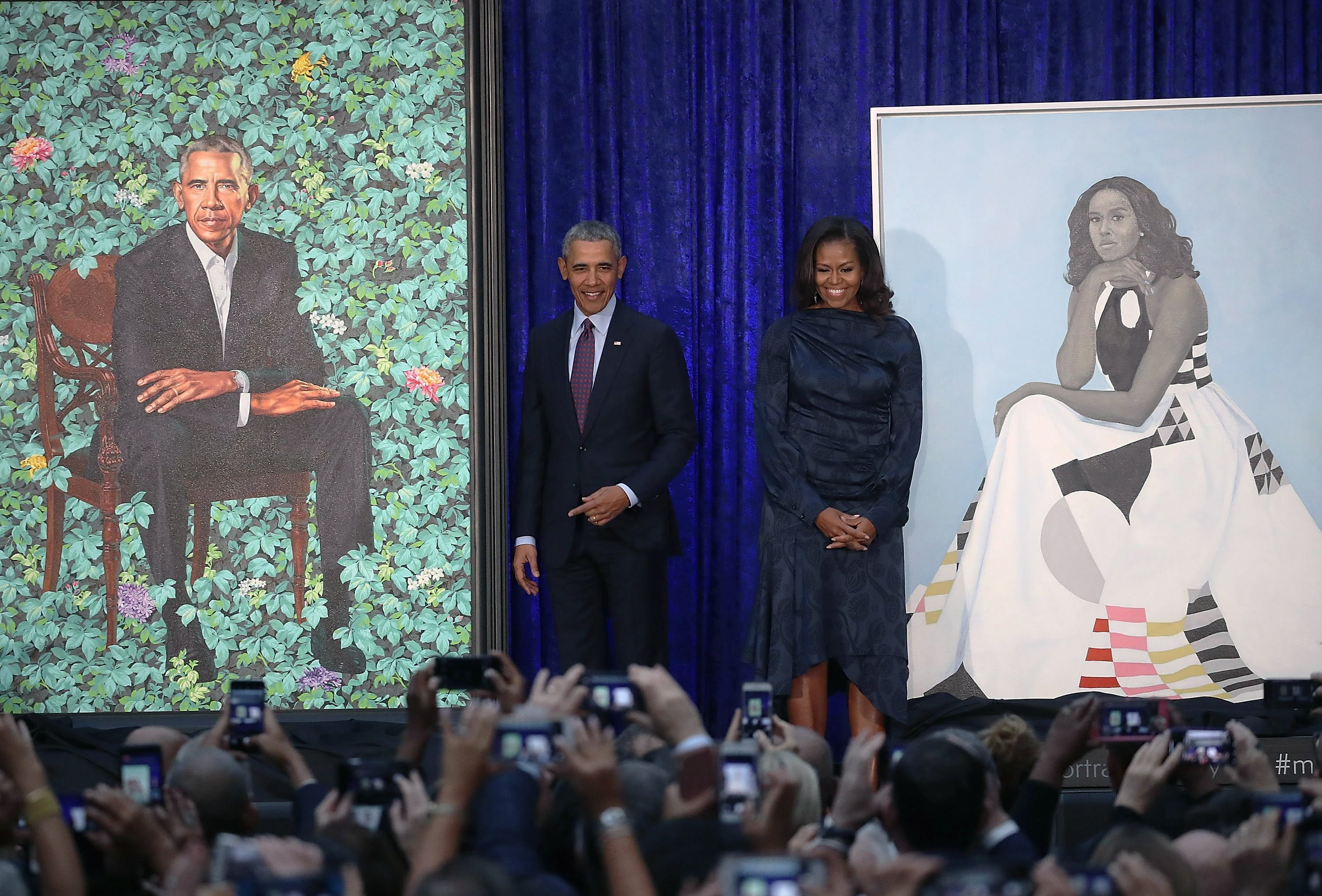 Nigerian artist presents Obamas with portrait