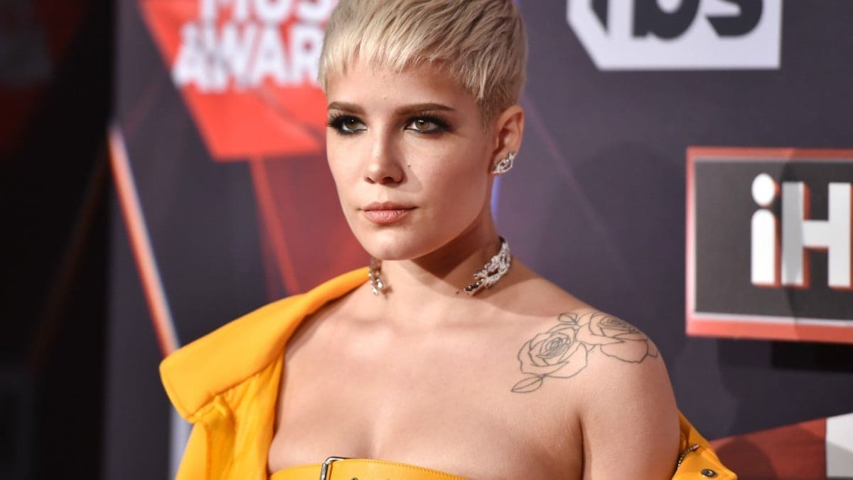 Halsey Slams Hotels That Only Offer 'White People Shampoo'