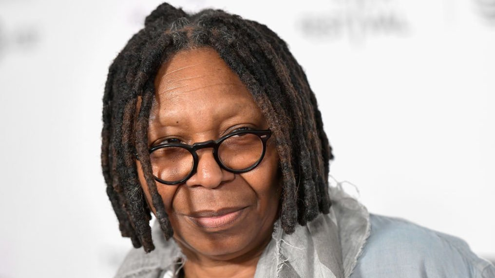 8661e1f55 Whoopi Goldberg GOES IN on Roseanne Barr: 'You did this to yourself'