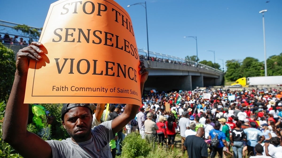 Anti-violence protesters to shut down Lake Shore Drive during evening rush