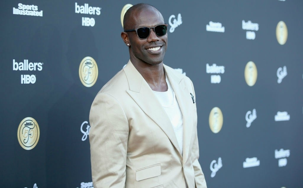 timeless design 457ad 4a325 Terrell Owens shades Pro Football Hall of Fame induction ...
