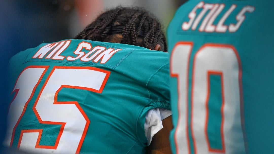 on sale 59e4d 7507a Miami Dolphins player says he plans to continue police ...