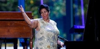 Aretha Franklin waves after her performance at the International Jazz Day Concert (Photo by Aude Guerrucci-Pool/Getty Images)