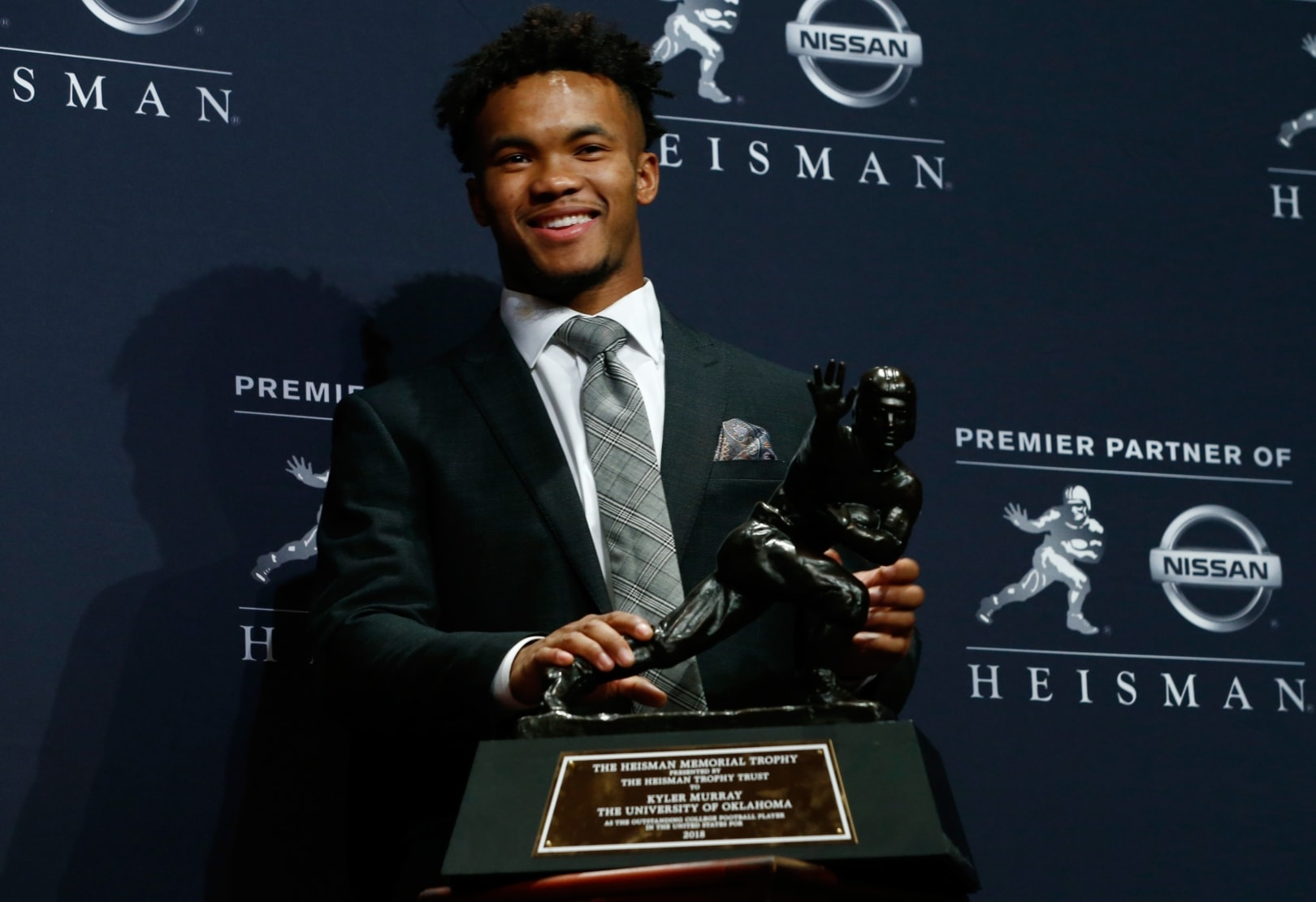 Kyler Murray Homophobic Tweets: Heisman Winner Apologizes Old Social Media Posts Surface