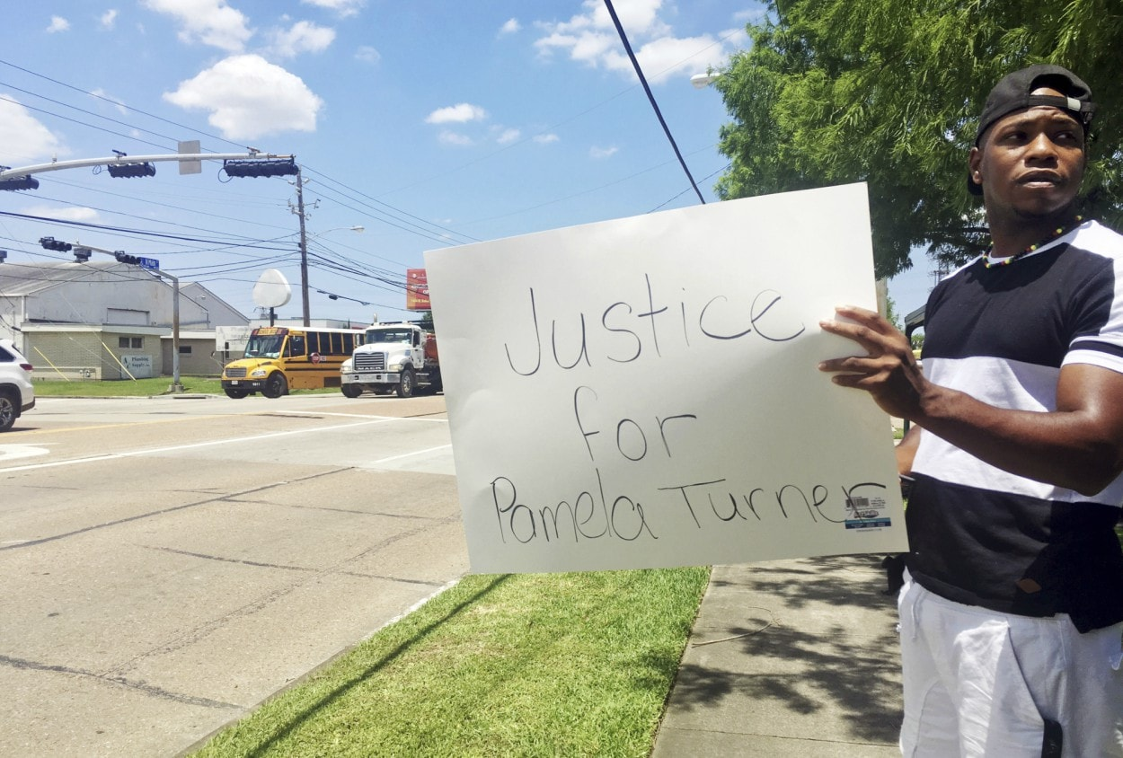 Medical examiner classifies police shooting of suburban Houston woman a homicide