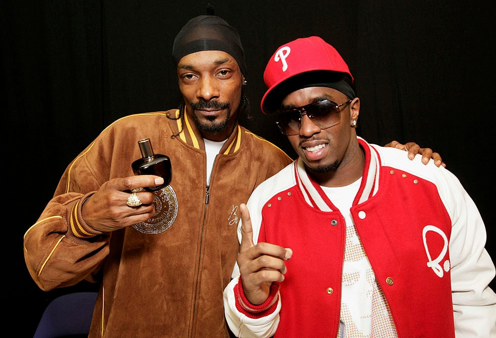 Diddy and Snoop Dogg mock Suge Knight with video of crip dance-off