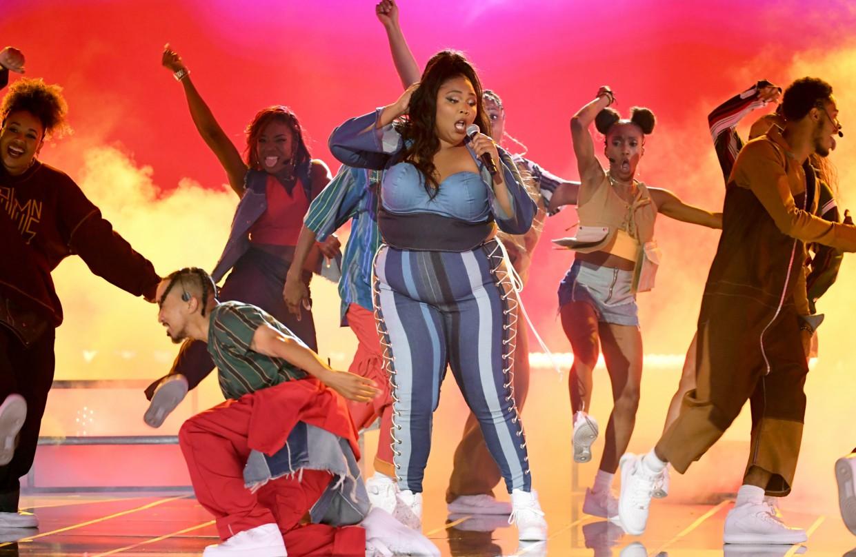 'Everybody gonna shine'! Lizzo makes body positive splash during MTV Movie & TV Awards