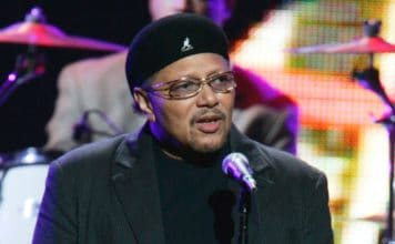 "Singer Art Neville performs during the ""From the Big Apple to the Big Easy"" benefit concert Tuesday, Sept. 20, 2005 in New York's Madison Square Garden. Proceeds from the concert will be donated to hurricane Katrina relief. (AP Photo/Jeff Christensen)"