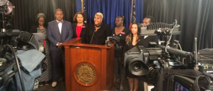 Georgia State Rep Erica Thomas holds press conference about Eric Sparkes' verbal assault at Publix. (WSB-TV)