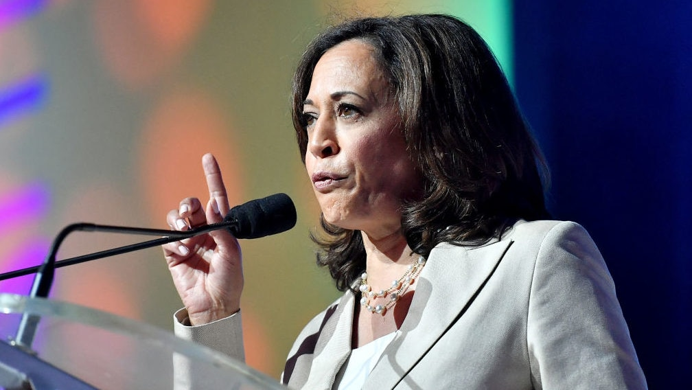 Kamala Harris apologizes for laughing at supporter who called Trump 'mentally retarded'