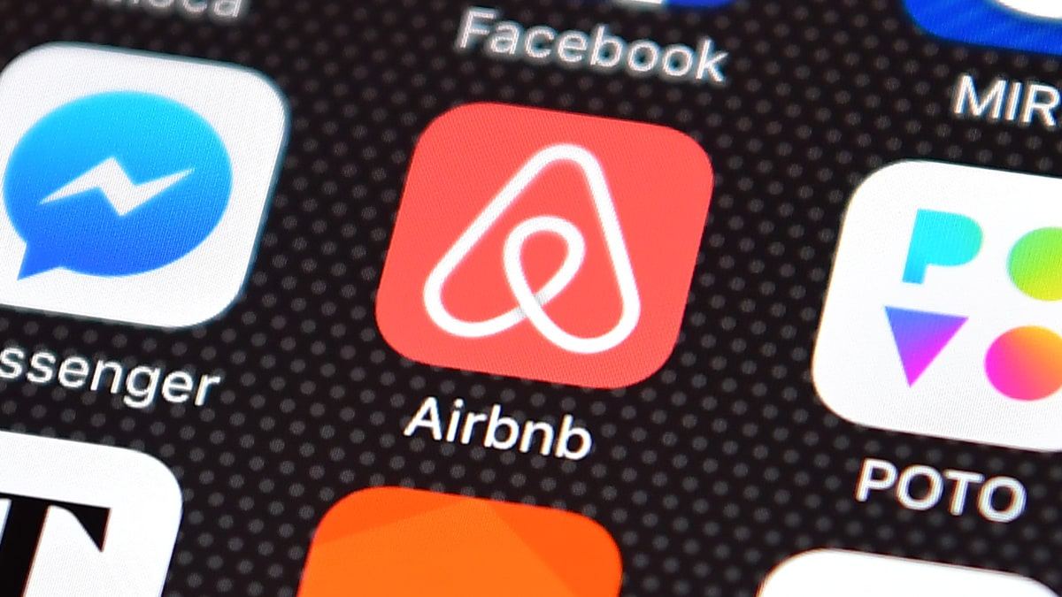 Black Oregon woman scores undisclosed settlement in discrimination suit against Airbnb
