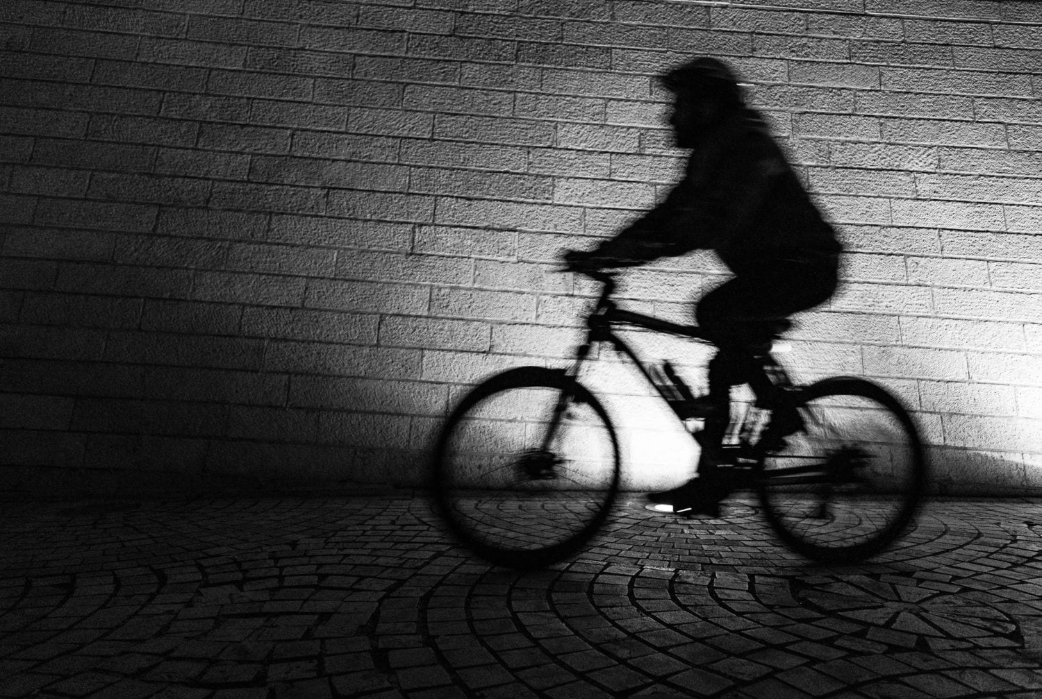 Cycling while black: Man dies in custody in Vegas after biking without lights