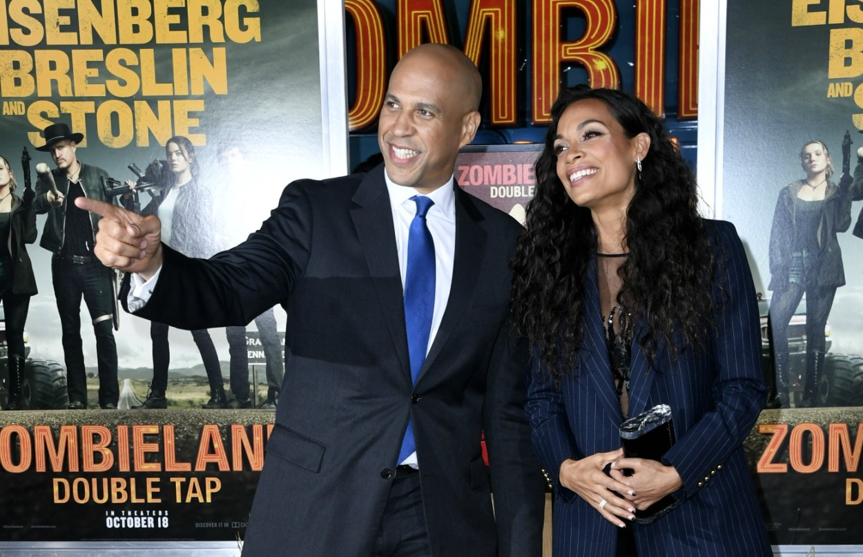 Romantic or Nah?: Cory Booker reads to Rosario Dawson over phone while on campaign trail
