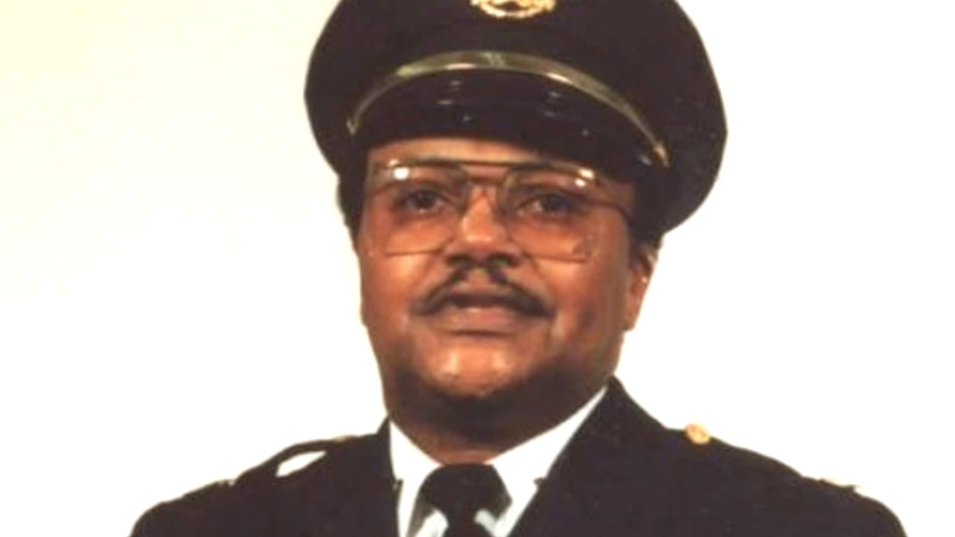 Retired St. Louis police captain shot dead amid unrest outside ...