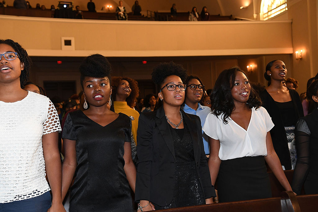 "Janelle Monae Talks ""HIDDEN FIGURES"" with Atlanta HBCU Students at Spelman Convocation"