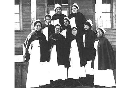 Nurses during the 1918 Spanish flu pandemic