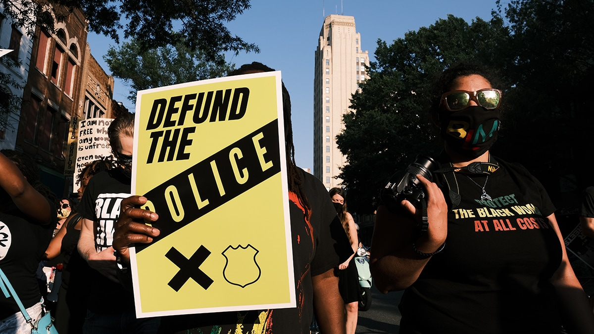 Does #DefundThePolice rhetoric get in the way of actual police reform?