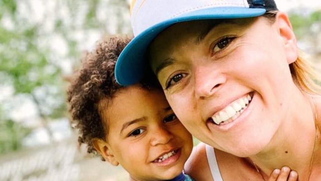 Rachel Starr Davis mother plane thegrio.com