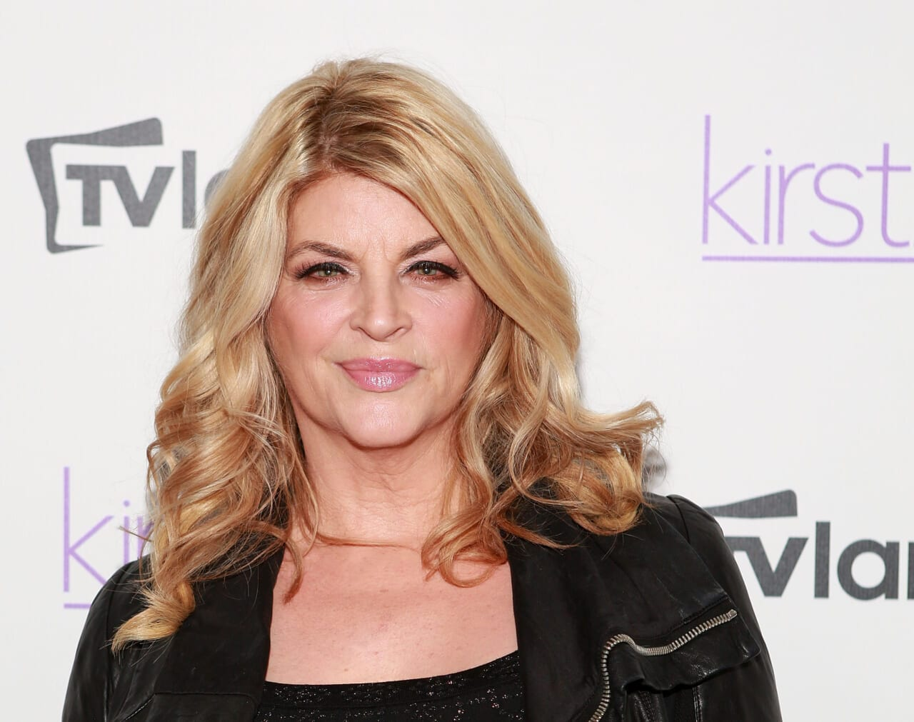 Kirstie Alley doubles down on Trump support, says she's voting for him because he's 'not a politician' - TheGrio