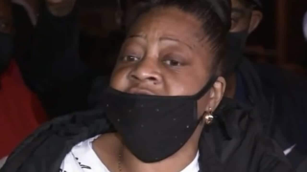 Walter Wallace Jr.'s mother says she pleaded for son's life: 'Don't shoot my son' - TheGrio