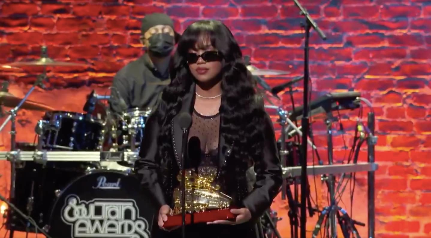Chris Brown, H.E.R. win big at 2020 Soul Train Awards + winners list