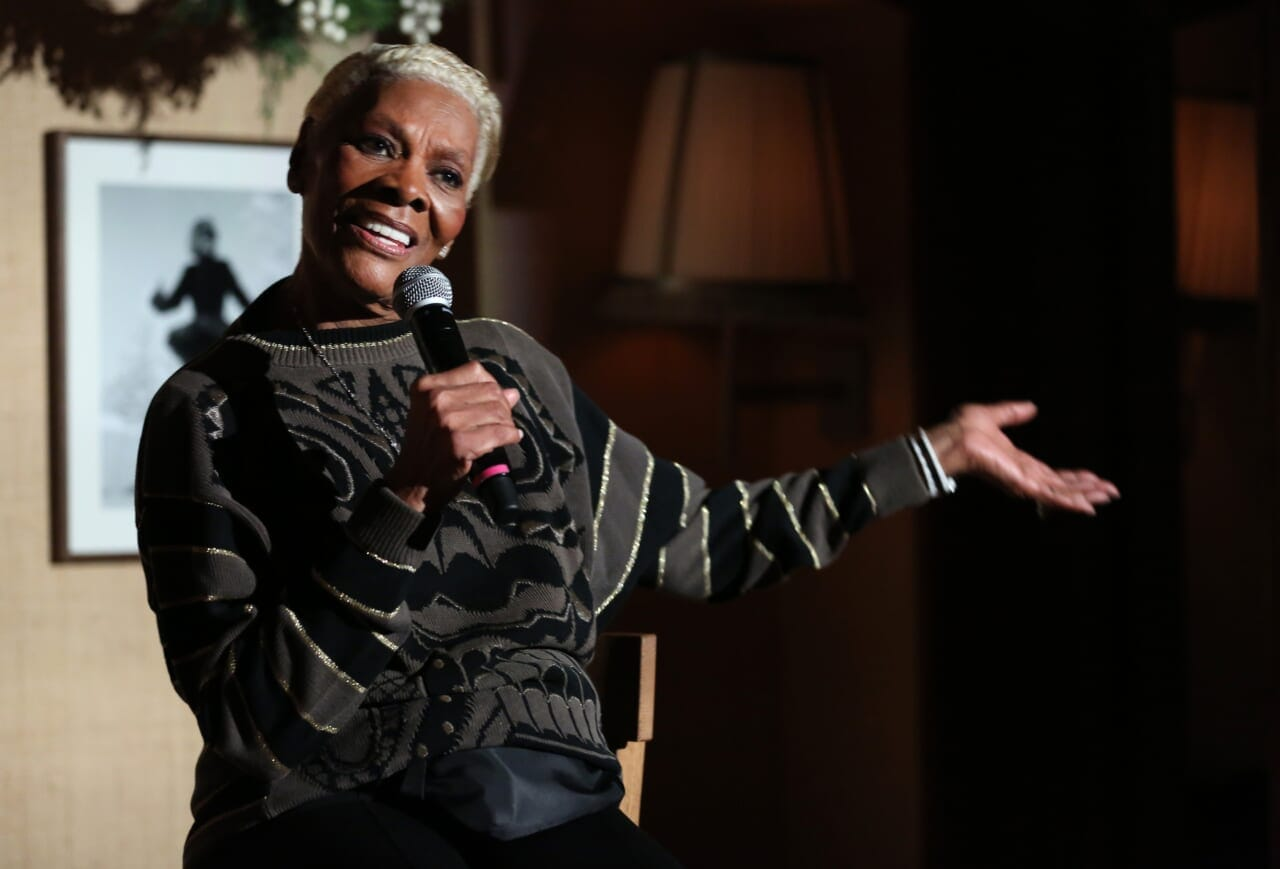 Dionne Warwick's amazing tweets were the best thing about 2020