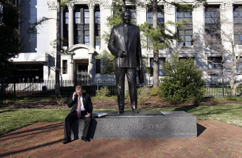 Virginia lawmakers vote to remove statue of segregationist