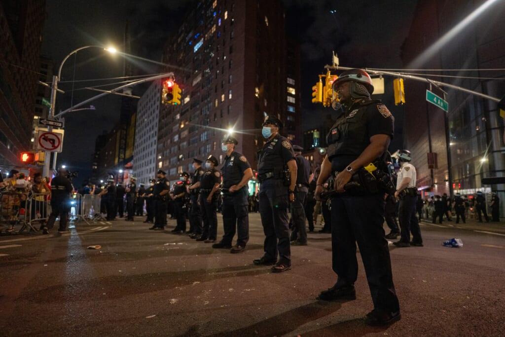 police officers thegrio.com