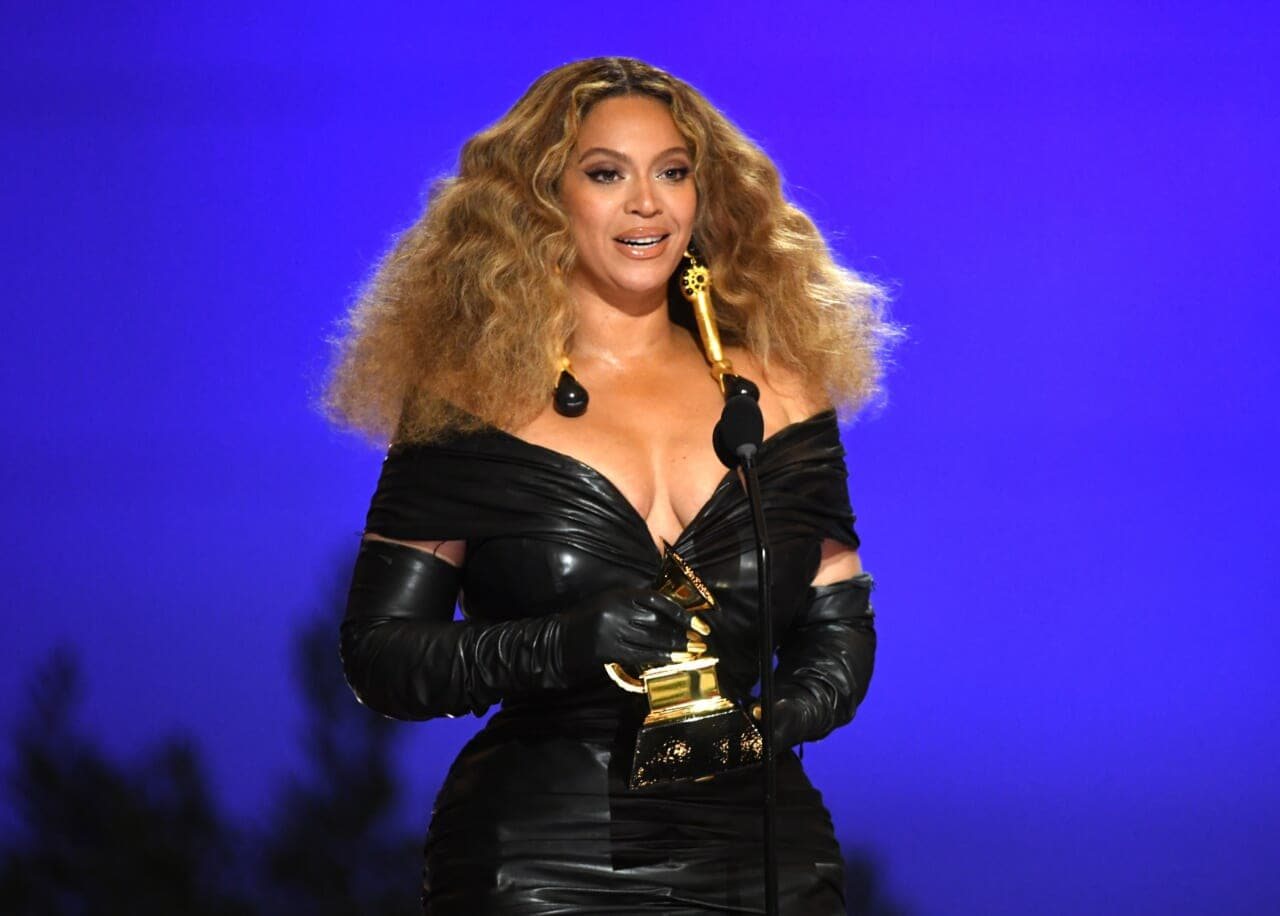 Beyoncé makes music history with 28th Grammy win - TheGrio