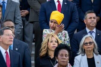 Members Of Congress Mark 600,000 U.S. COVID-19 Deaths At Capitol