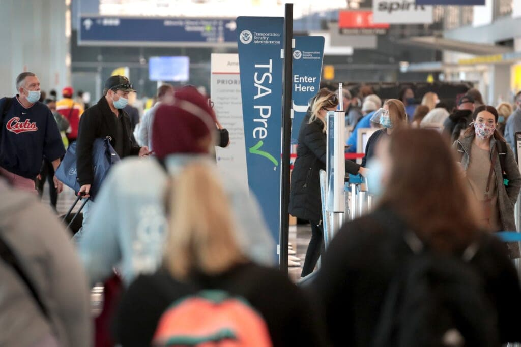 TSA Processes 1 Million Travelers For First Time Since March 17